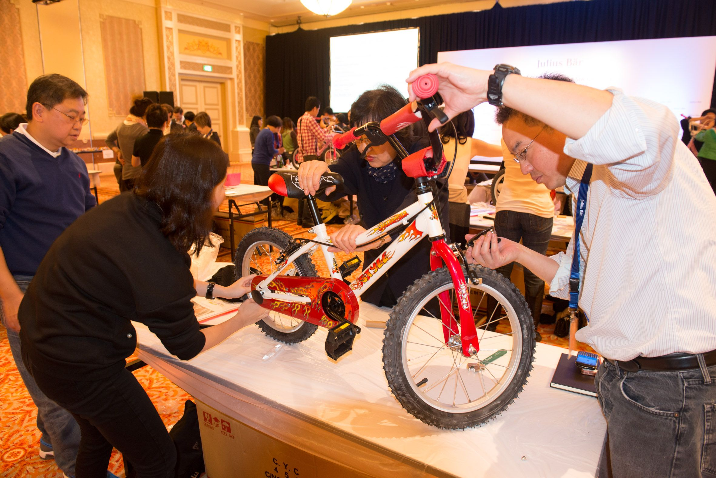 Bikes for Kids_Bank Julius Baer_130pax_16Jan'15_Selection (16)